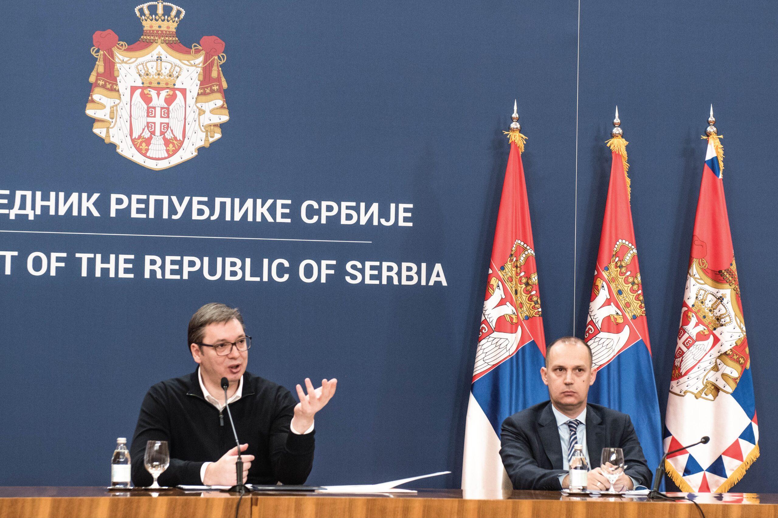 Председник Вучић најавио три нове, оштрије мере у борби против короне