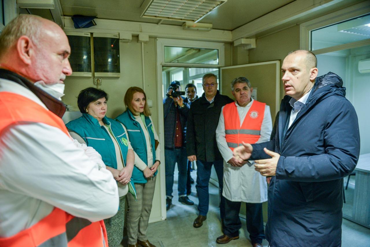 Read more about the article Министар Лончар на граничном прелазу Батровци