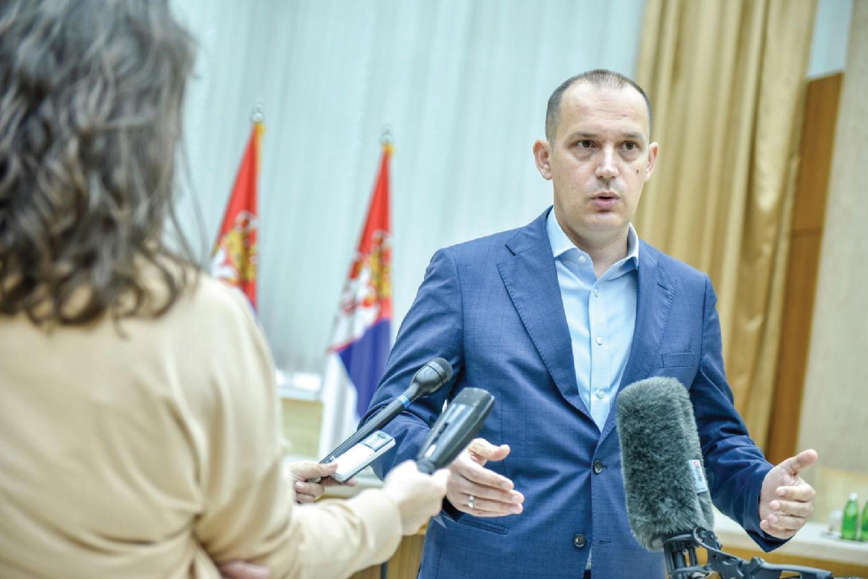 План да из ковид система следећи изађу Мишовић и Земунска болница