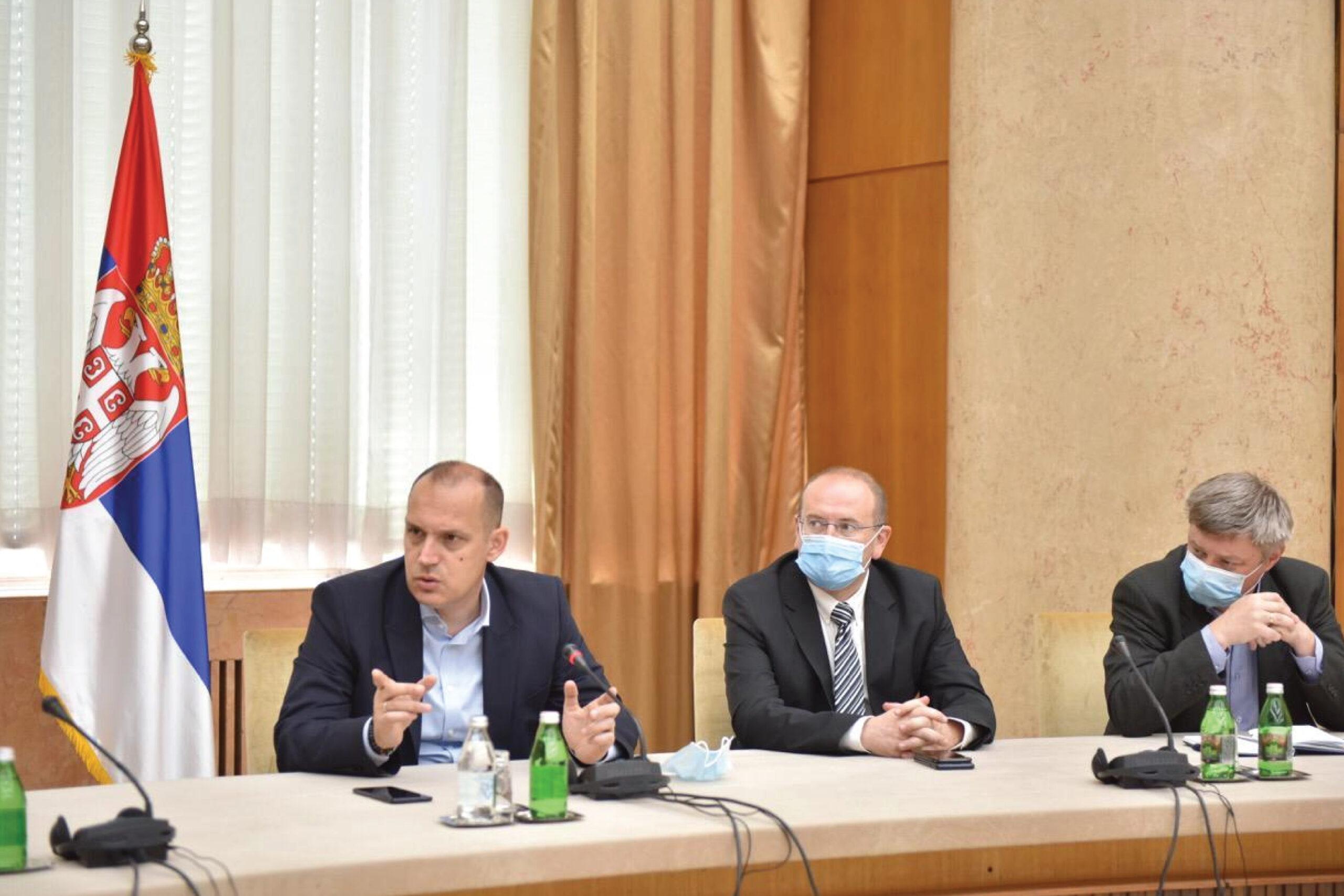 Лончар: Србија без новозаражених око 10. јула