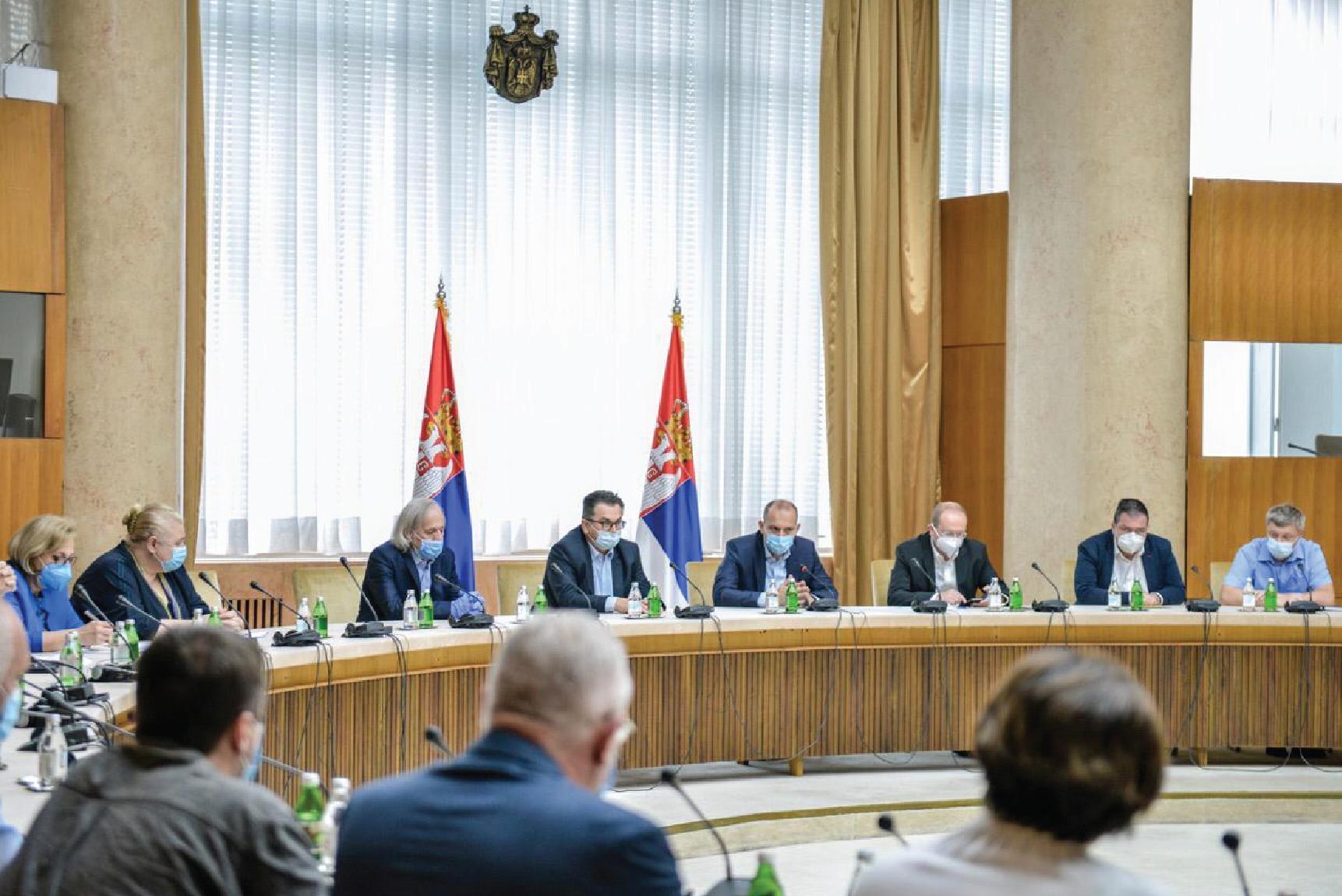 Министар здравља са директорима ковид болница